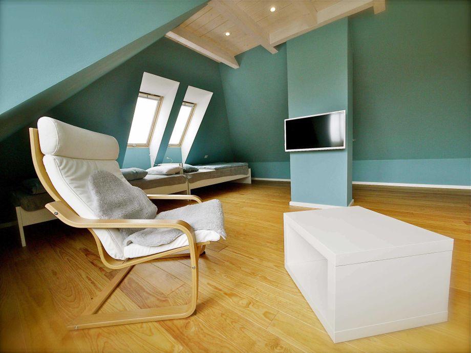 ferienhaus haus lene wyk auf f hr firma ferienwohnungen ingrid weber frau ingrid weber. Black Bedroom Furniture Sets. Home Design Ideas