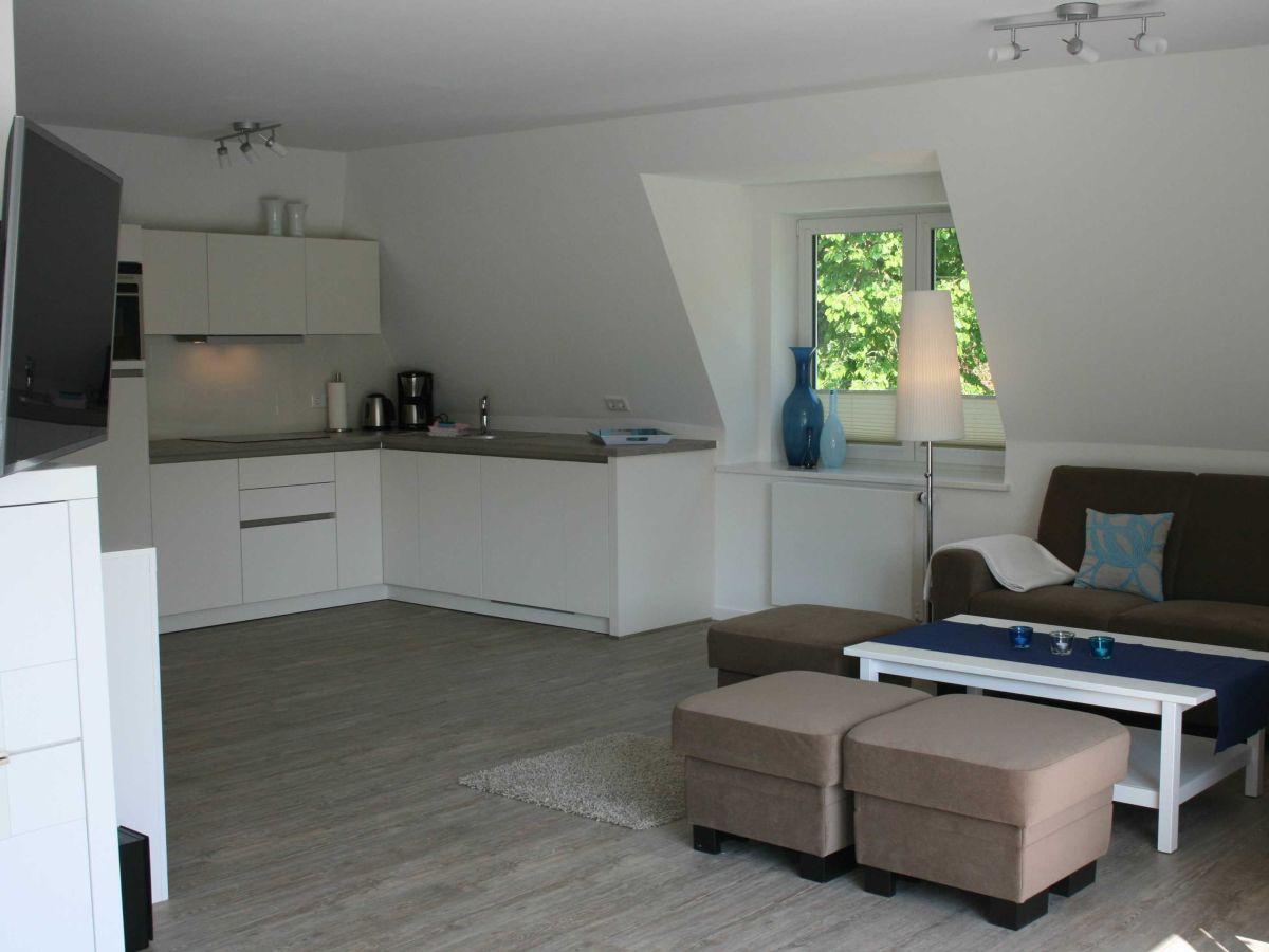 ferienwohnung g stehaus wohnung 3 wyk auf f hr firma ferienwohnungen ingrid weber frau. Black Bedroom Furniture Sets. Home Design Ideas