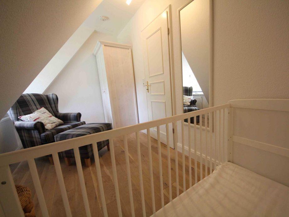 ferienwohnung altes schulmeisterhaus wohnung 1 oevenum firma ferien auf f hr gmbh frau. Black Bedroom Furniture Sets. Home Design Ideas