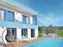 Ferienwohnung Villa Domus Lauri