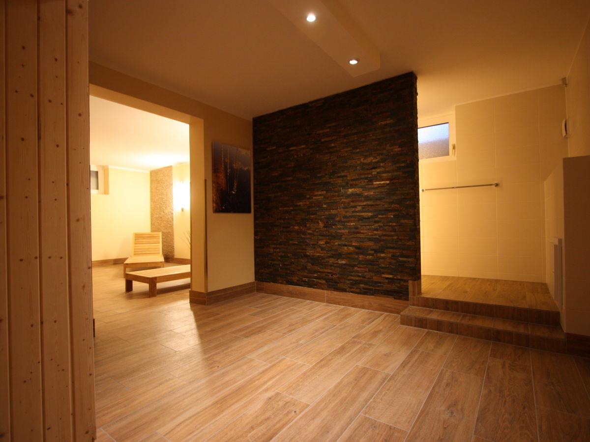ferienwohnung 2 im haus antje nordseeheilbad horumersiel firma nof gmbh frau gabriele schake. Black Bedroom Furniture Sets. Home Design Ideas