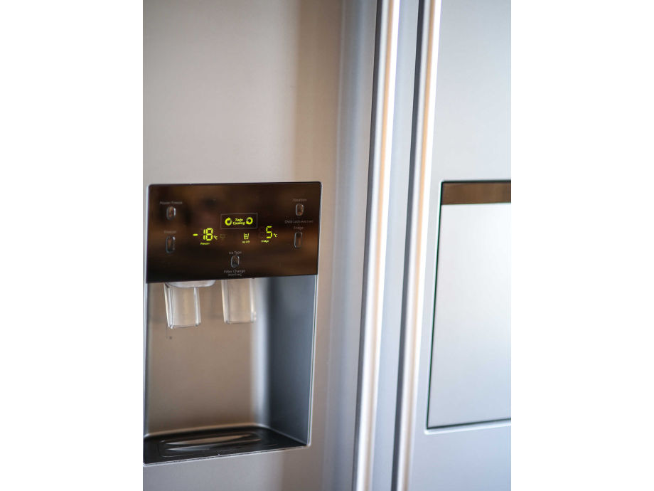 Ferienwohnung maximilian tegernsee firma for Eiswürfel kühlschrank