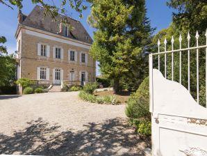Ferienwohnung La Peyrade le P'tit Chateau