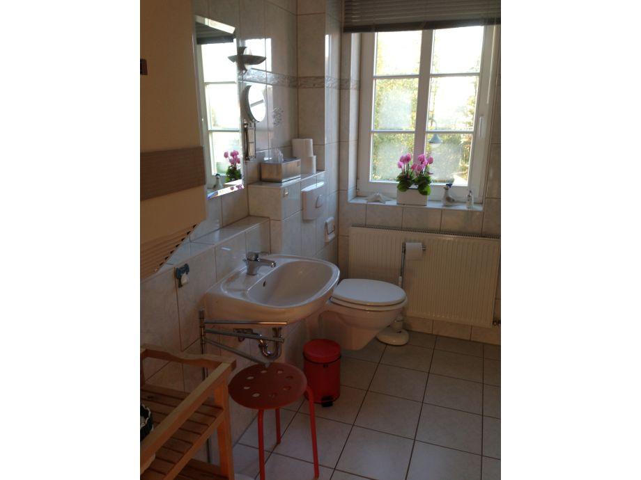 Ferienhaus boltenhagen steiluferring 5c haus seehase for Badezimmer mit dusche und wanne