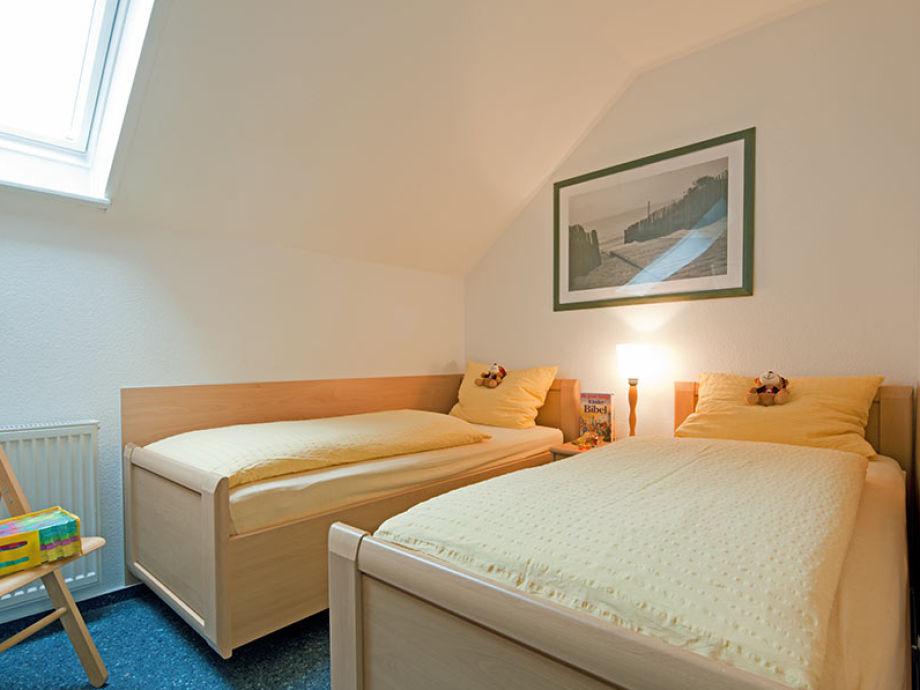 ferienwohnung seerose, norderney - firma villa rosenhof - frau ... - Norderney Ferienwohnung 2 Schlafzimmer
