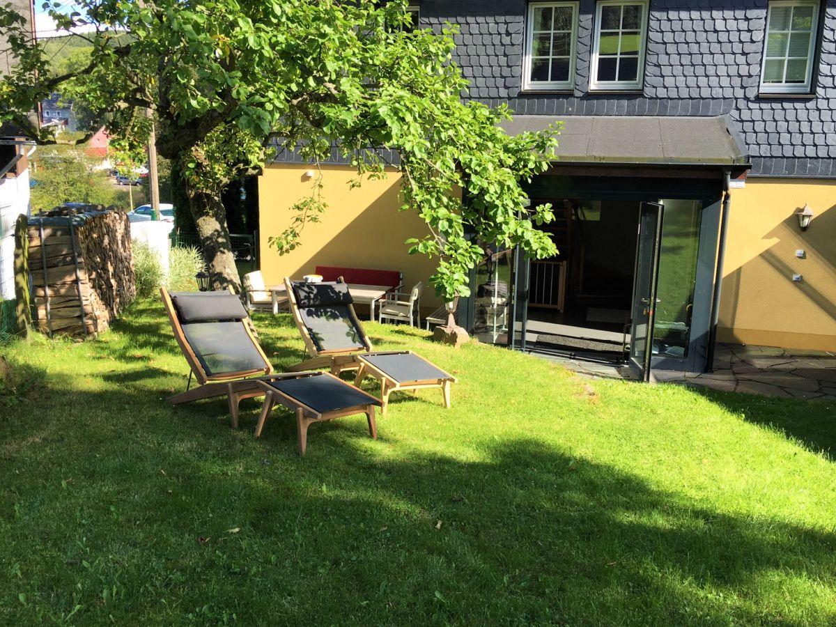 ferienwohnung apfeltraum neuhausen im erzgebirge firma ferienhaus apfeltraum frau petra fischer. Black Bedroom Furniture Sets. Home Design Ideas