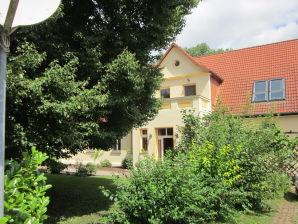 Ferienwohnung Kastanie im Gutshaus Rockow am Hofsee