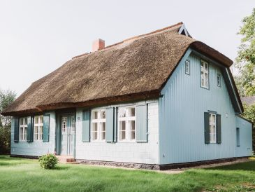 Holiday house Kapitänshaus Wieck