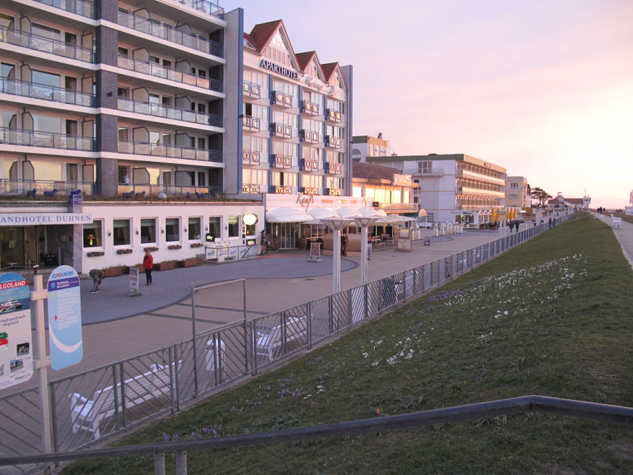 Good Promenade