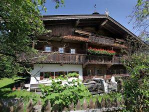 """Ferienwohnung """"Kaiserin Anna Suite"""" - Kitzbüheler Alpen"""