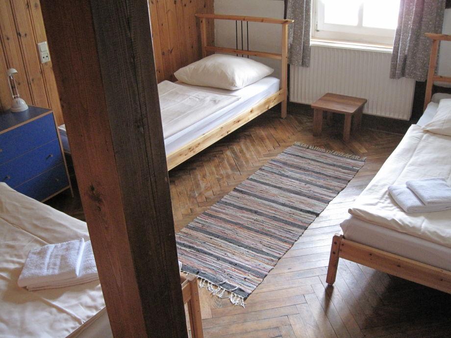 ferienwohnung meise im alten amtshaus burgwald kellerwald edersee firma hofraithe park herr. Black Bedroom Furniture Sets. Home Design Ideas