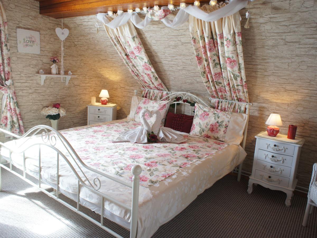 ferienhaus eifel blick eifel frau cornelia tegeler. Black Bedroom Furniture Sets. Home Design Ideas