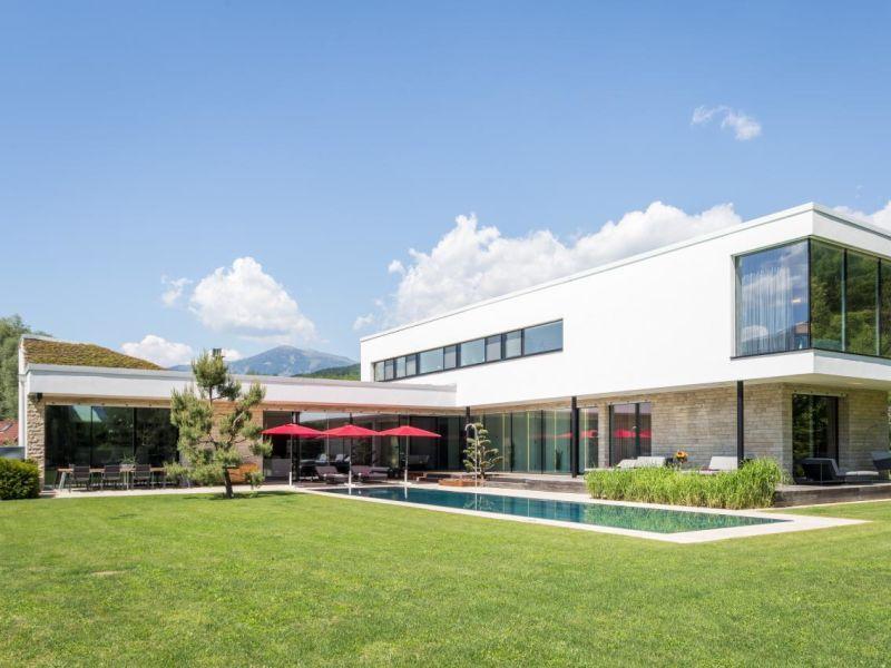Designferienhaus Villa mit XL Pool Kärnten Milstättersee Ski + See