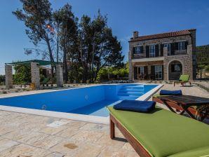 Villa Papini Dvori
