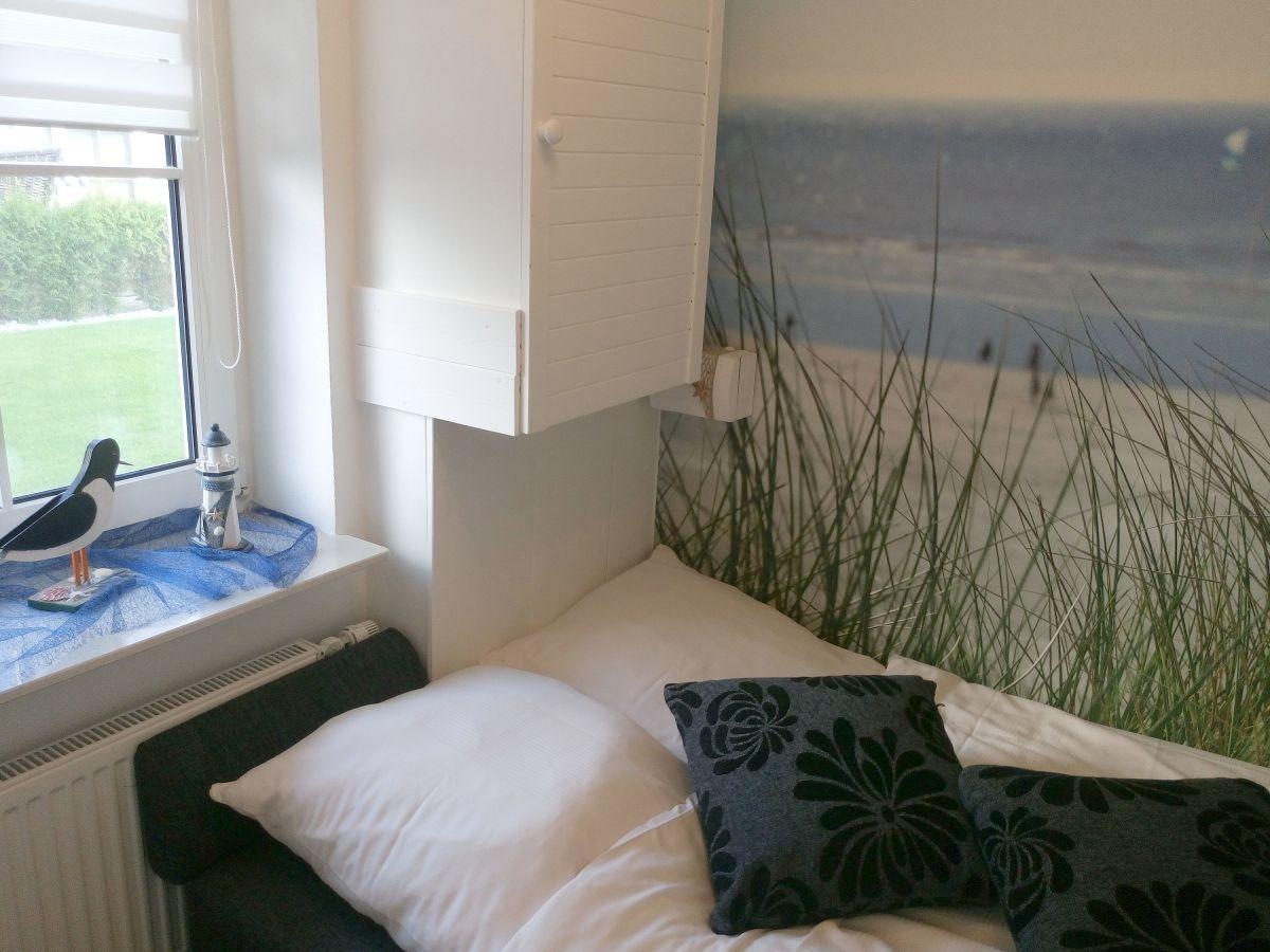 ferienwohnung seehund b sum firma holmer dreessen gmbh frau walzer. Black Bedroom Furniture Sets. Home Design Ideas