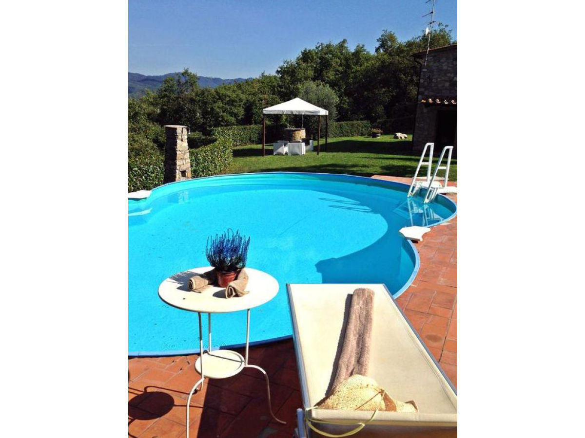 Ferienhaus villa petrina gaiole in chianti frau c wahl - Sprungbrett fur pool ...