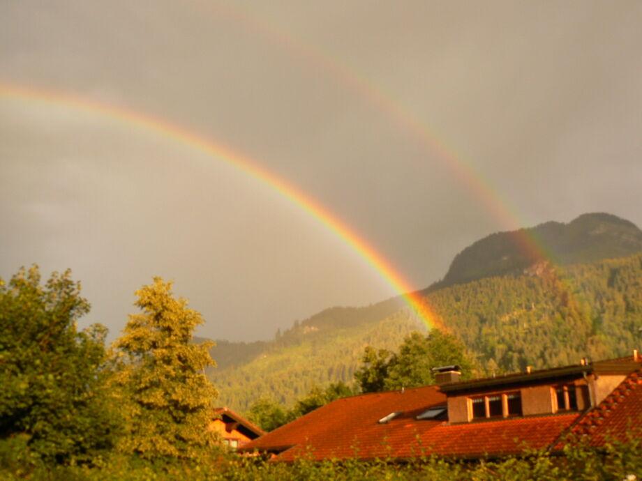 Doppelter Regenbogen- aus Ihrem Schlafzimmerfenster
