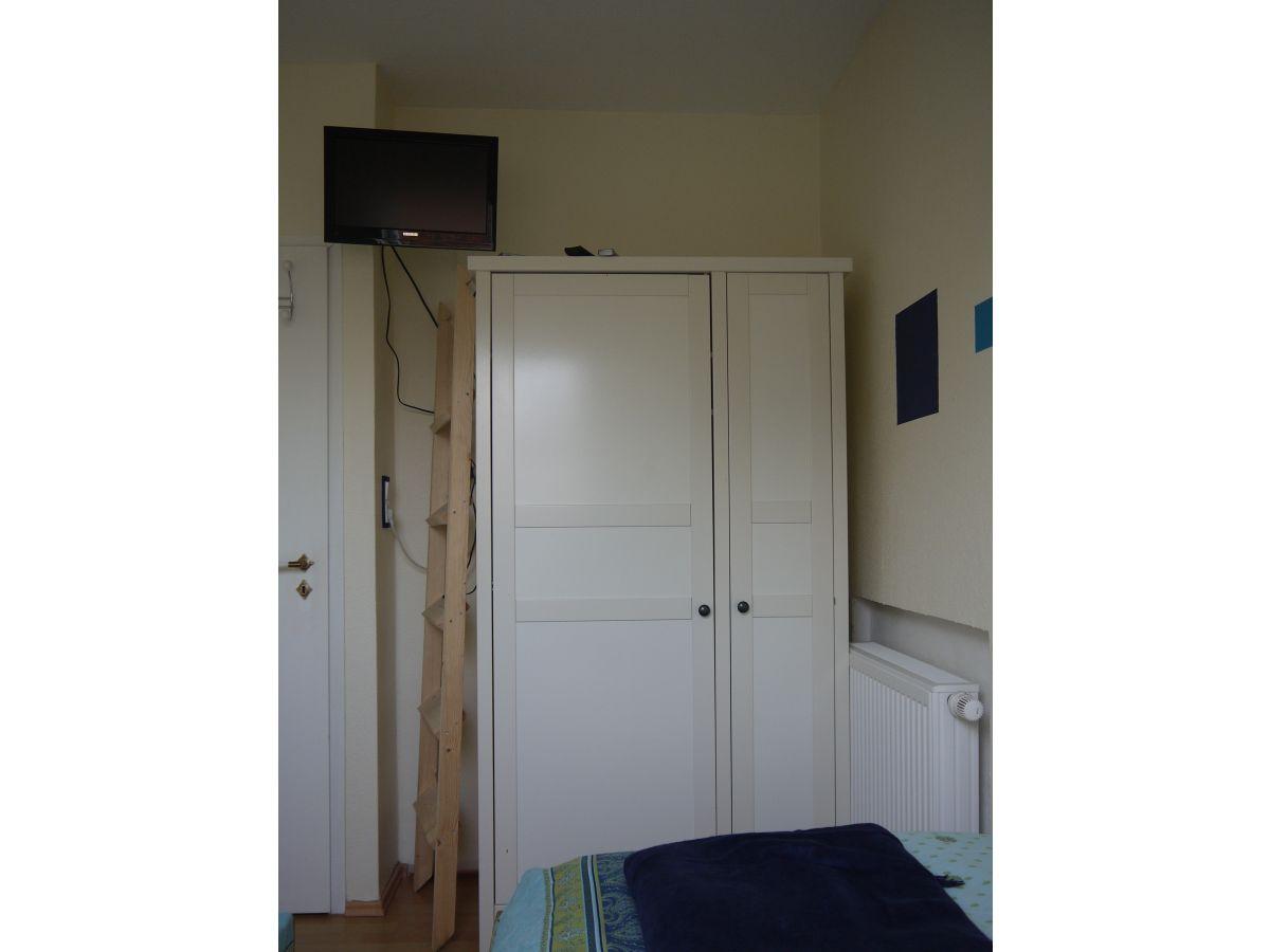 ferienhaus piratennest tossens frau saskia neufend. Black Bedroom Furniture Sets. Home Design Ideas