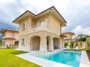 Villa mit privat Pool
