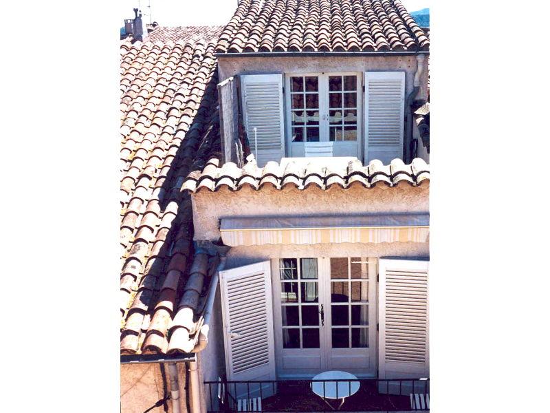 Privates Ferienhaus - Maison de Village mit Dachterrasse und Balkon