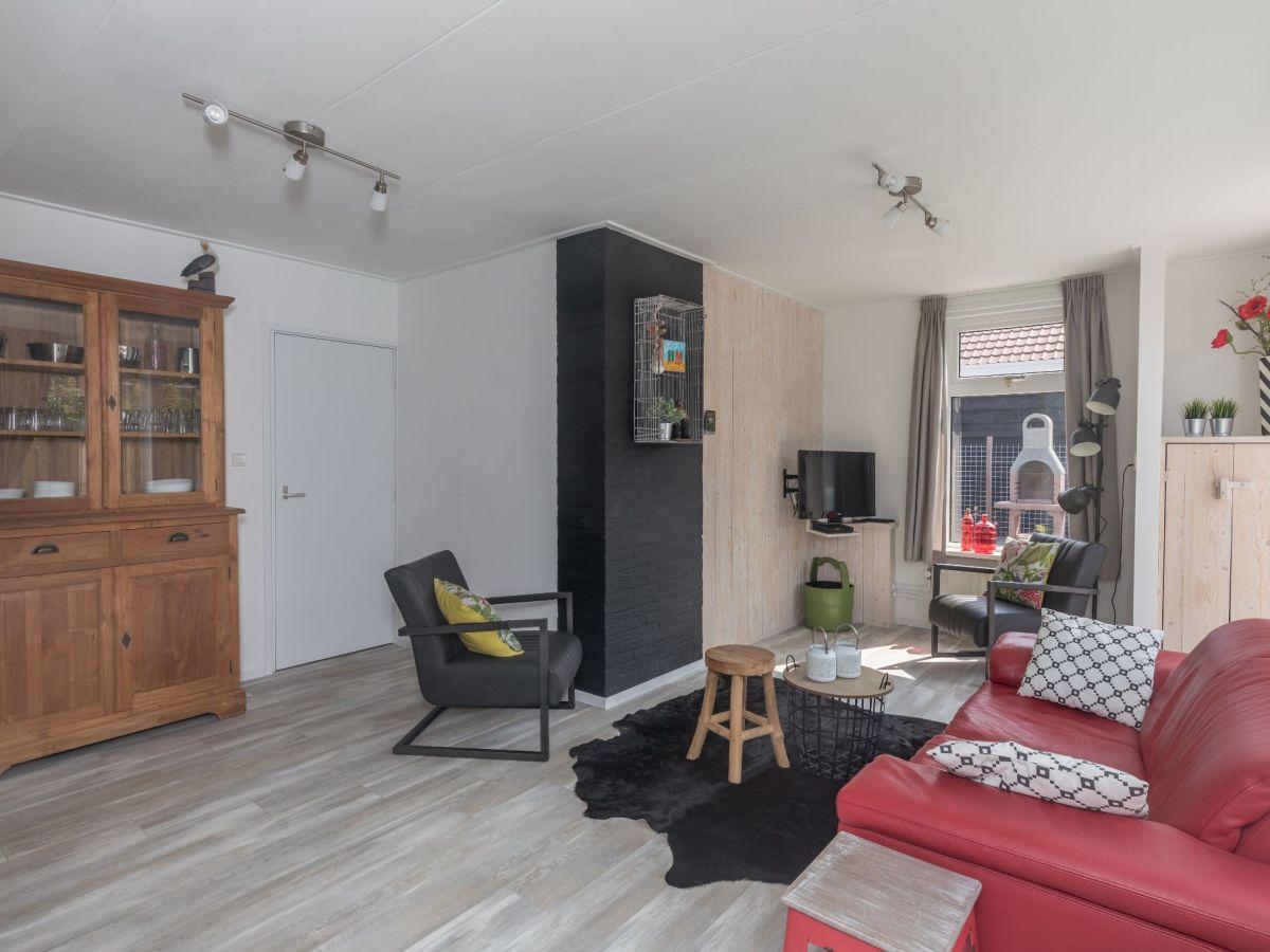Ferienhaus horizon 79 renesse firma sorglos urlaub in - Eingerichtete wohnzimmer ...