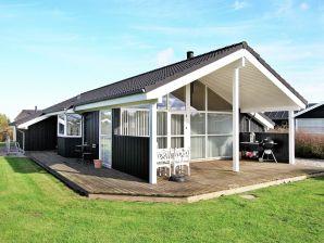 Ferienwohnung Otterup, Haus-Nr: 35995