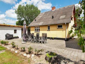 Ferienwohnung Ørsted, Haus-Nr: 06395