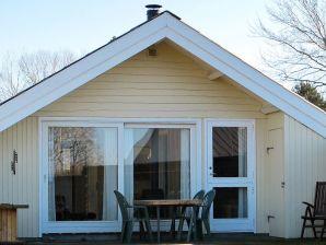 Ferienwohnung Askeby, Haus-Nr: 99203