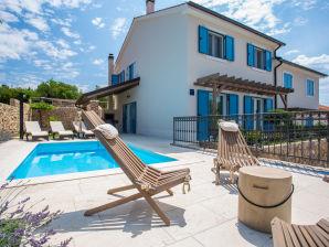 Villa Tana mit Pool, Grill, SUP