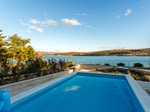 Villa Ema with pool on beach