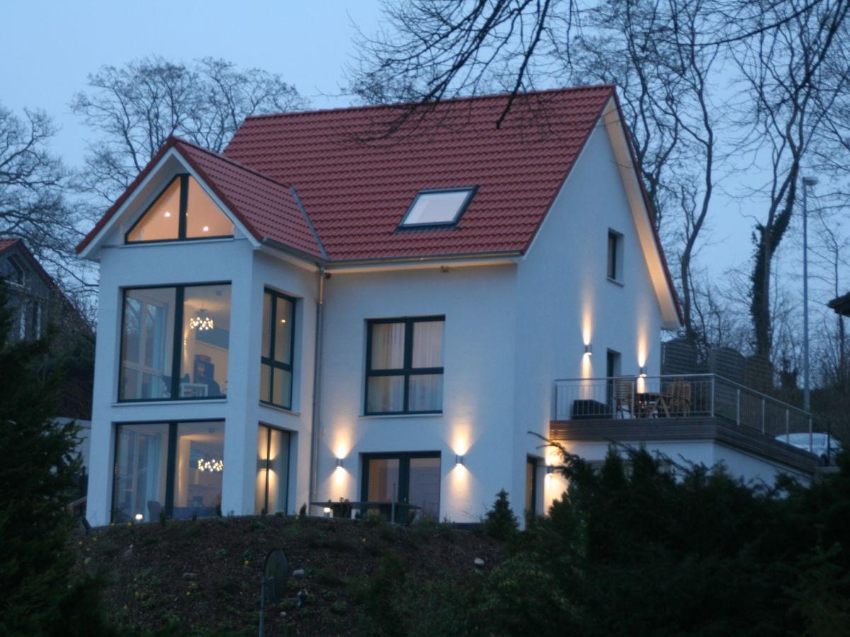 ferienhaus am seeufer schleswig holstein ostsee familie m llers. Black Bedroom Furniture Sets. Home Design Ideas