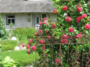 Ferienwohnung Reetdachhaus Zum Alten Stall