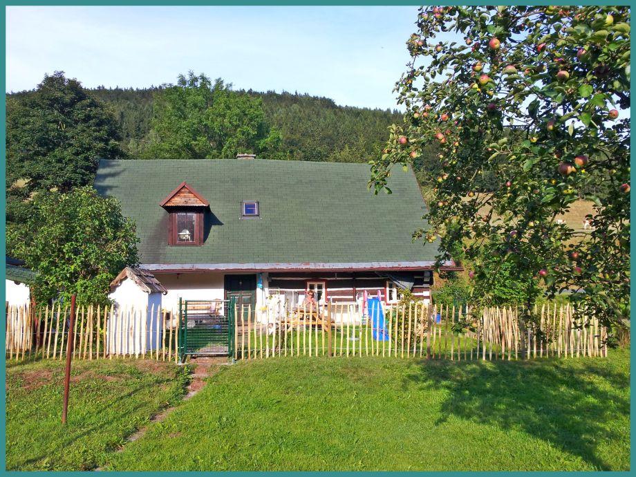 Ferienhaus JIVKA, 1700m2 Spielwiese. Zaun und 3 Toren