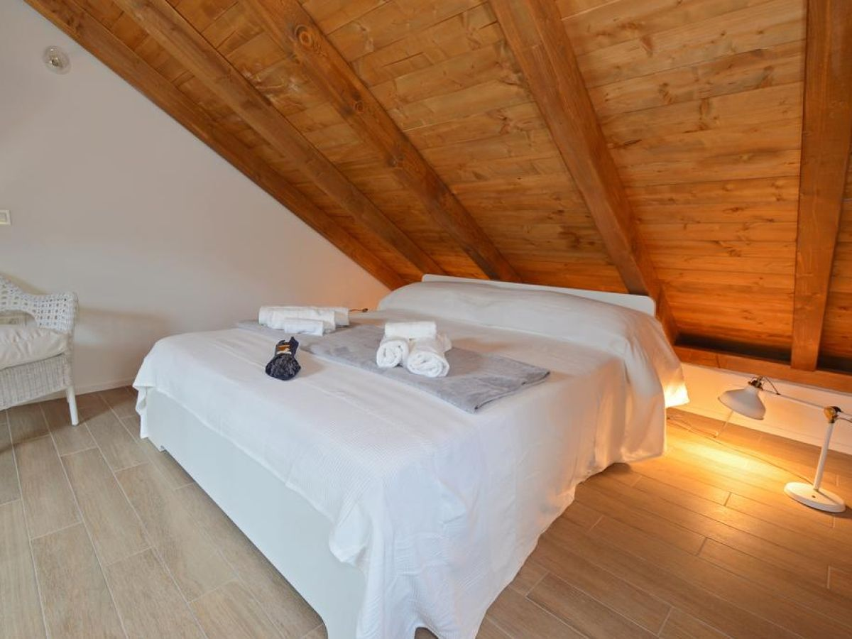ferienhaus barbarella dalmatien zaostrog firma prominens d o o frau dubravka paunovic. Black Bedroom Furniture Sets. Home Design Ideas