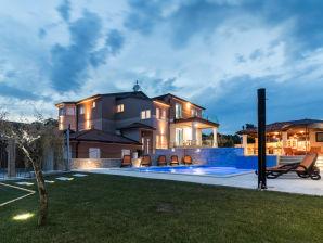 Villa Maximal 18 persons