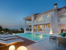 Villa Villa L