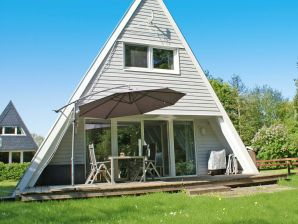 Ferienhaus Zeltdachhaus mit moderner Ausstattung und W-Lan