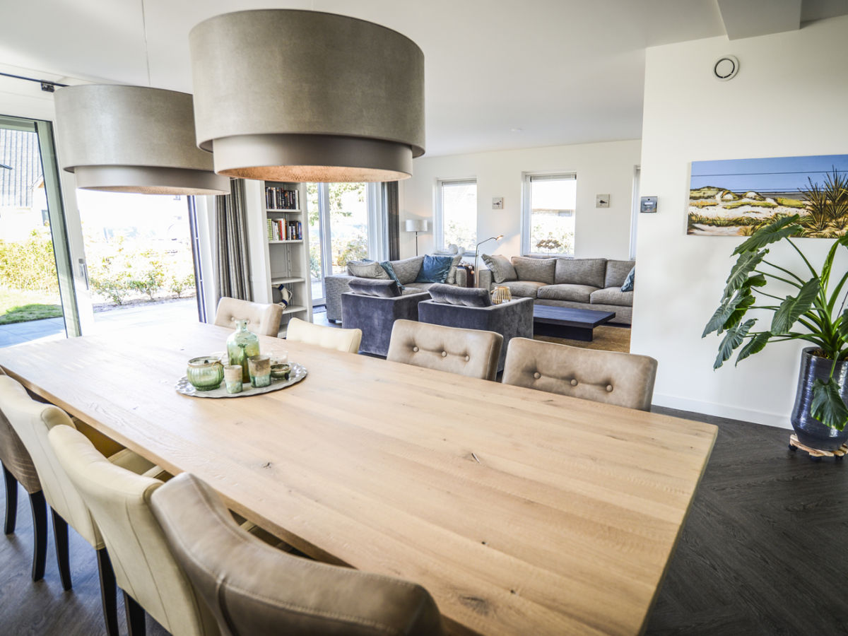 Villa bij zee de koog firma texelduinen herr victor lancee - Essecke wohnzimmer ...