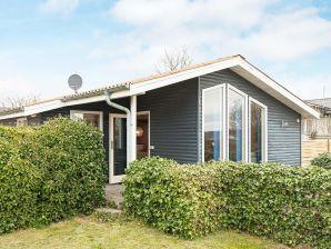 Ferienwohnung Rønde, Haus-Nr: 06387