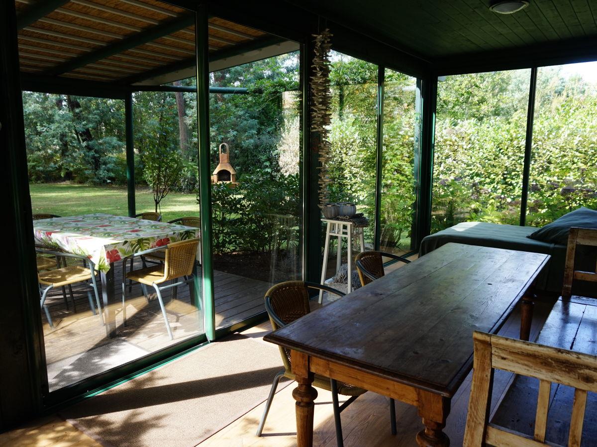 ferienhaus villa mimosa aquitanien gironde frau inge d rr. Black Bedroom Furniture Sets. Home Design Ideas