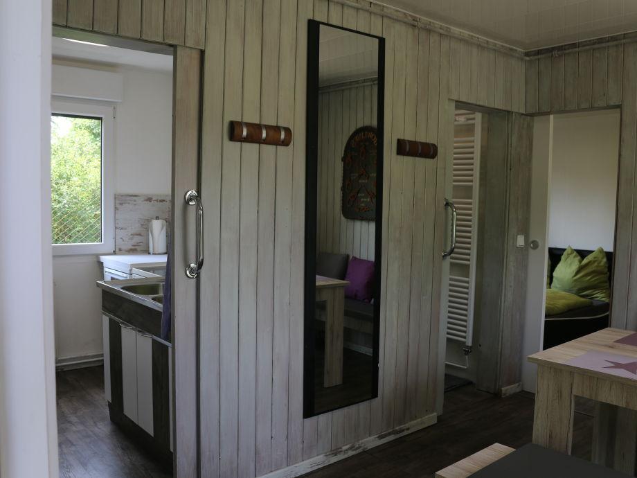 Esszimmer   Küche   Bad   Schlafraum 1