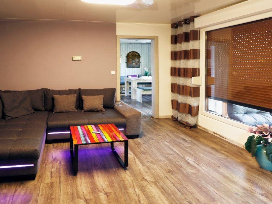 Ferienhaus bei berlin 6 personen berlin berliner for Wohnzimmer 4m
