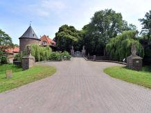 Ferienwohnung Schloss Hueth 3