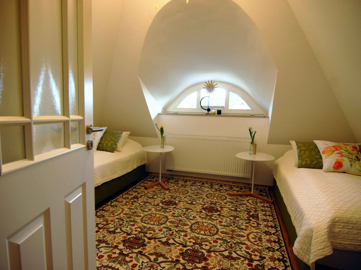ferienhaus strandvilla dolce vita und meer ostsee fischland dar dierhagen firma heidi. Black Bedroom Furniture Sets. Home Design Ideas