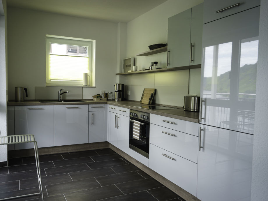 ferienwohnung newel 4 mosel eifel hunsr ck frau monika newel. Black Bedroom Furniture Sets. Home Design Ideas