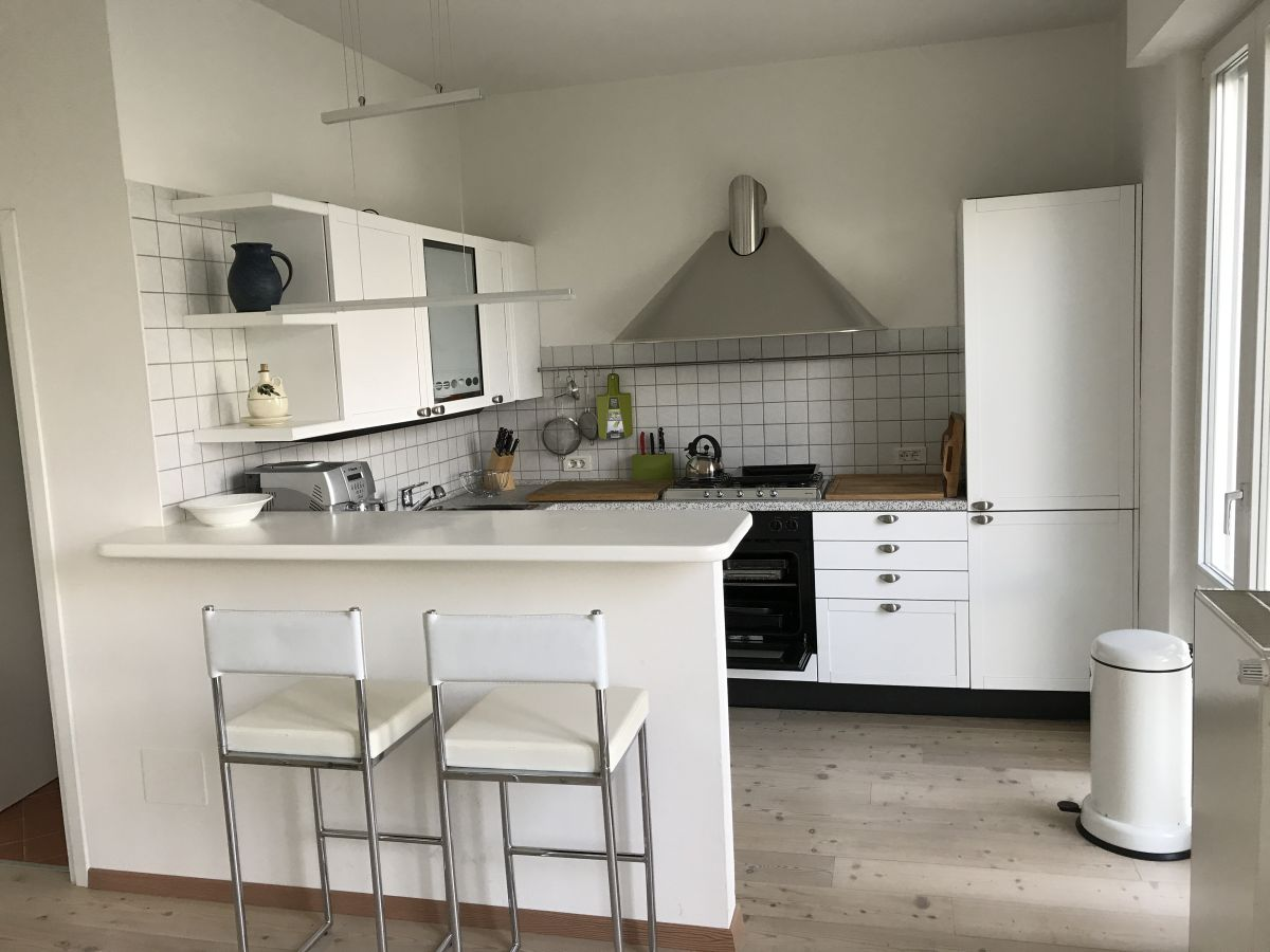ferienhaus casa bassanega gardasee tremosine herr. Black Bedroom Furniture Sets. Home Design Ideas