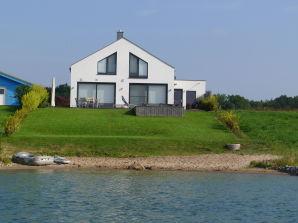 Ferienhaus am See - Haus Nummer 1