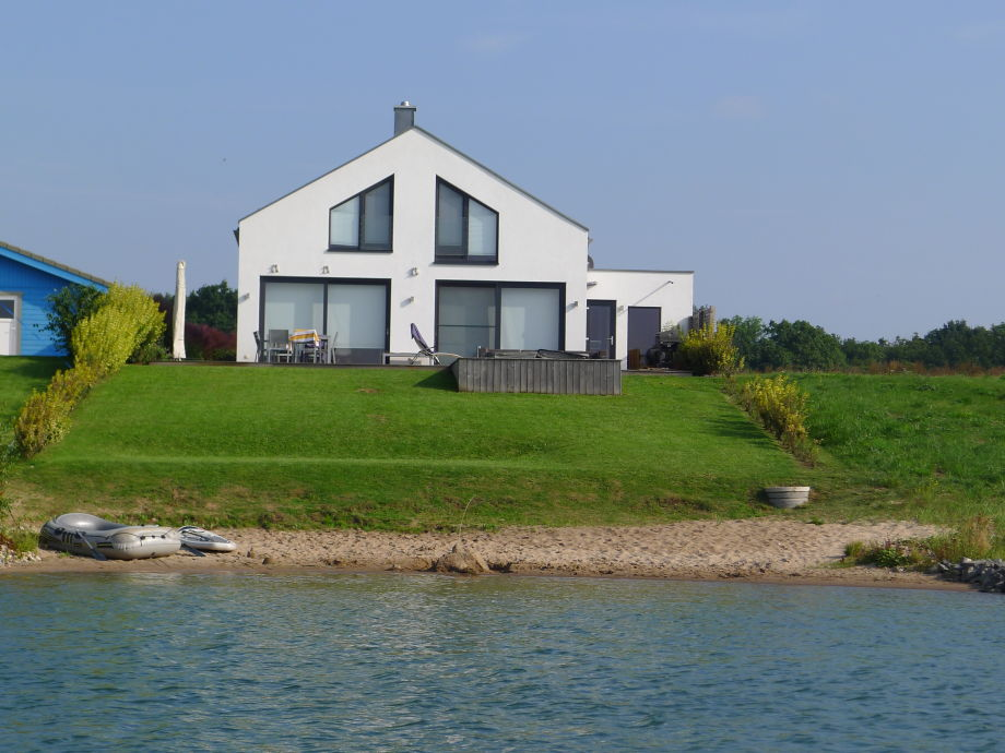 ferienhaus am see haus nummer 1 leipziger neuseenland familie birgit mathias mahnke. Black Bedroom Furniture Sets. Home Design Ideas