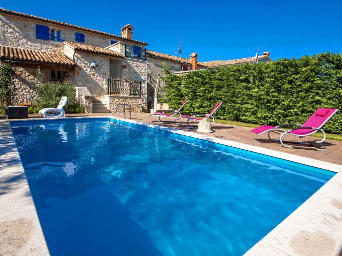 Villa meri porec porec umgebung istrien firma istria for Ferienhaus mit pool