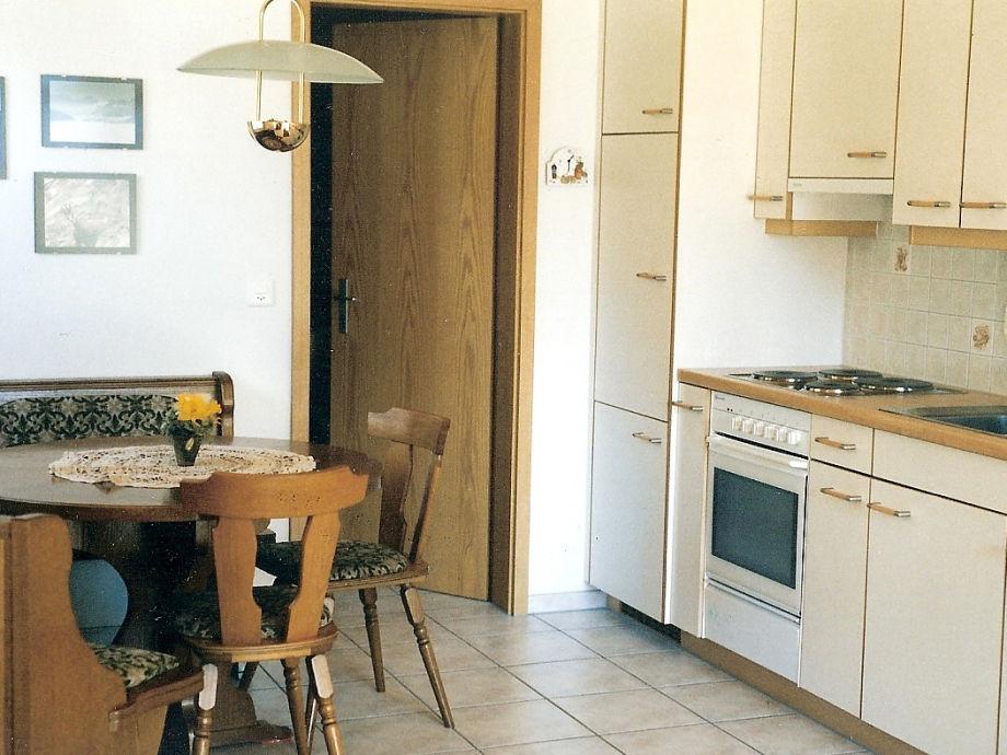 apartment chalet in der schweizer alpen berner oberland ferienregion interlaken goldswil. Black Bedroom Furniture Sets. Home Design Ideas